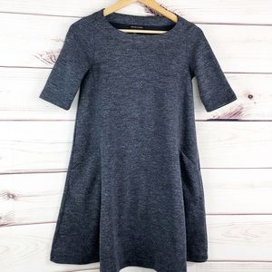 D258 Adrienne Vittadini heathered grey shift dress